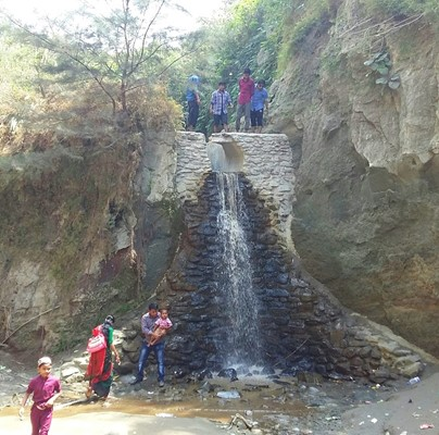 Himchori Waterfall
